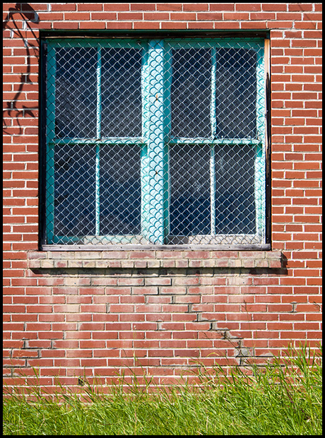 Red Bricks Blue Window, Olympus OMD E-M5, Olympus 12-50mm f3.5-6.3 ©Leslie Degner