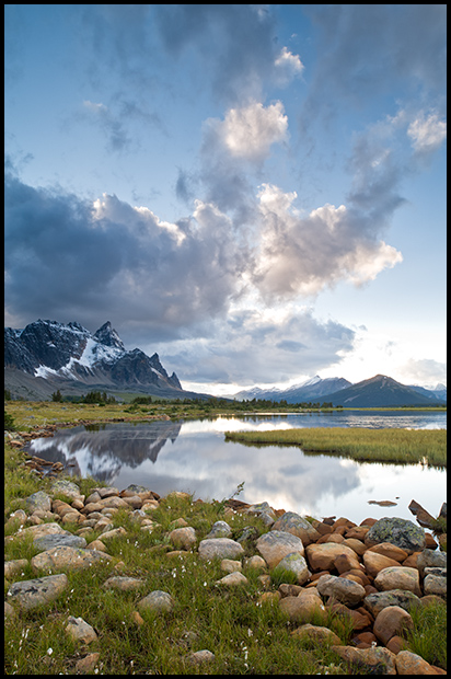 Desperation Pond, Tonquin Valley, Jasper National Park, Alberta,