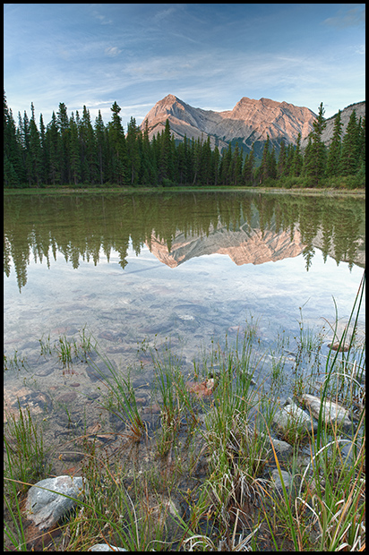 Elliott Peak and pond reflection, Nikon D700, Nikon 24mm f3.5