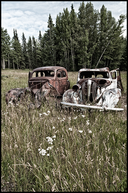 Relic vehicles at the Nordegg Mine, Nikon D300, Nikon 12-24mm f4, ©Leslie Degner