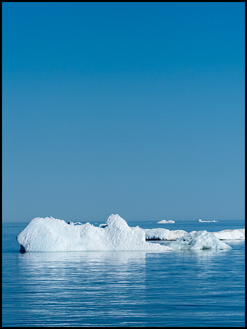 icebergs in Hudson Bay 1